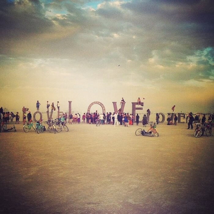 NOTES FROM THE NUMIVERSE: 26 LIFE LESSONS MY BURNING MAN EXPERIENCE TAUGHT ME