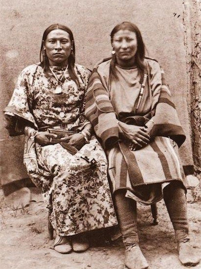 5 GENDERS: THE STORY OF THE NATIVE AMERICAN TWO-SPIRITS