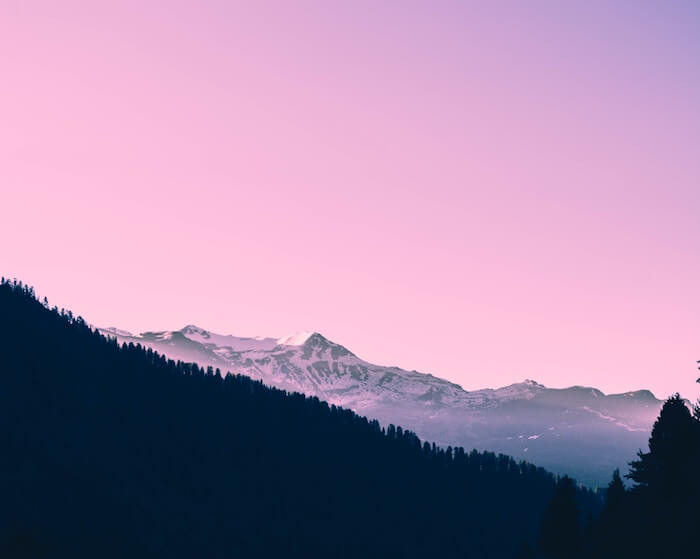 Pink sky mountains Numinous Weekly Horoscopes Sandy Sitron April 22